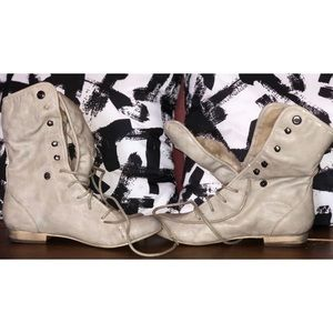 FUR INSIDE PALE BEIGE Combat Boots